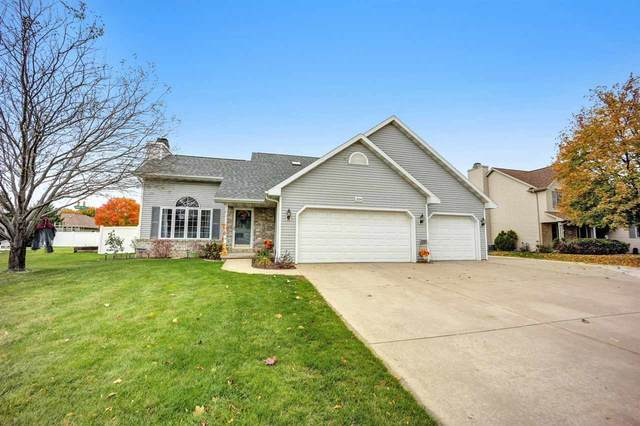 204 Sullivan Lane, De Pere, WI 54115 (#50231265) :: Ben Bartolazzi Real Estate Inc