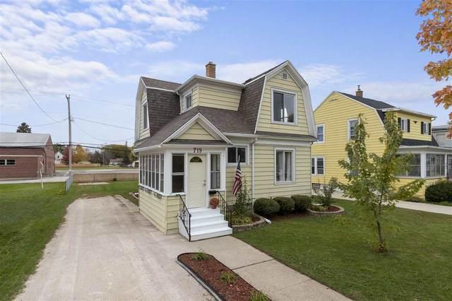 719 Michigan Avenue, North Fond Du Lac, WI 54937 (#50231285) :: Ben Bartolazzi Real Estate Inc