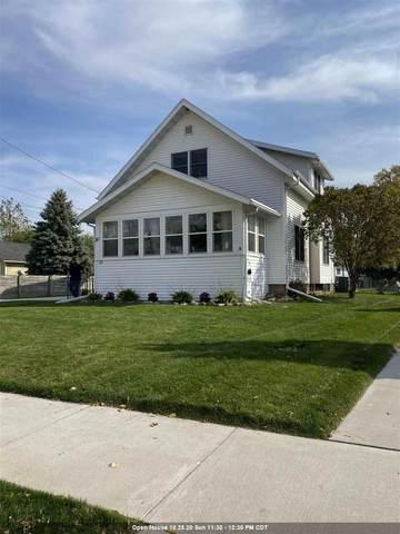 30 Eveline Street, Oshkosh, WI 54901 (#50231329) :: Ben Bartolazzi Real Estate Inc