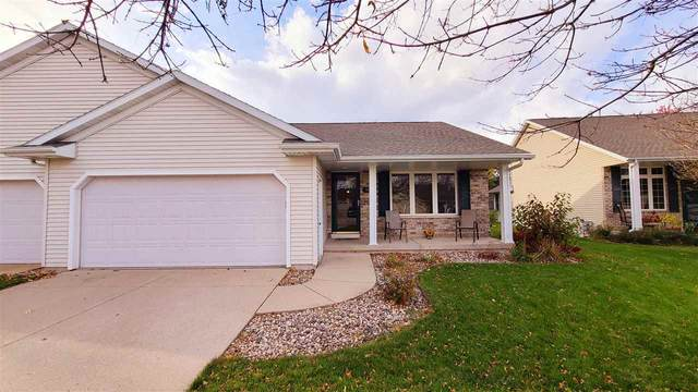 1824 Hardwoods Court, De Pere, WI 54115 (#50231427) :: Ben Bartolazzi Real Estate Inc
