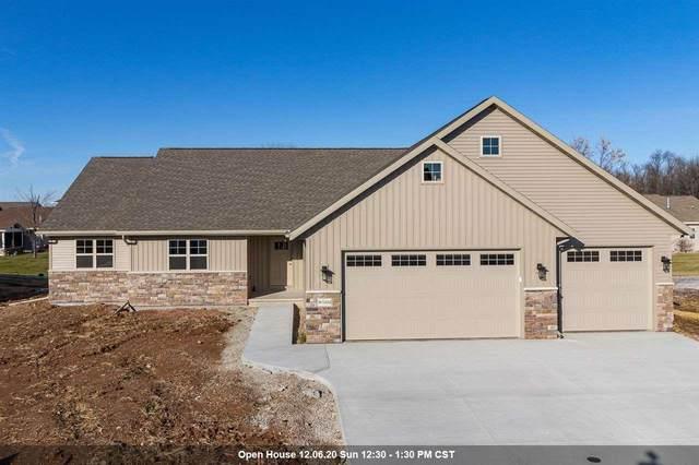 W5552 Hoelzel Way, Appleton, WI 54915 (#50232661) :: Ben Bartolazzi Real Estate Inc