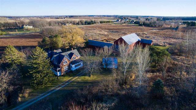 W4939 Wolf Road, Black Creek, WI 54106 (#50232900) :: Town & Country Real Estate