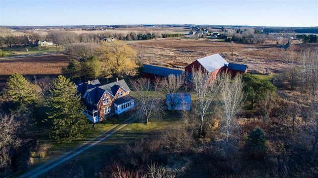 W4939 Wolf Road, Black Creek, WI 54106 (#50232900) :: Todd Wiese Homeselling System, Inc.
