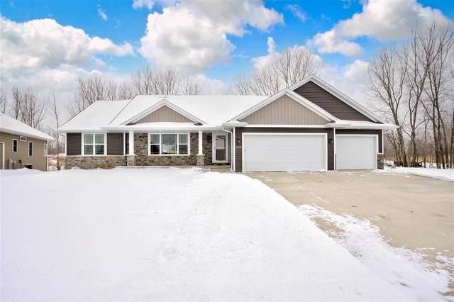 4875 N Thistle Lane, Appleton, WI 54913 (#50234071) :: Carolyn Stark Real Estate Team
