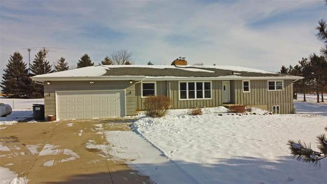 9502 Sand Pit Road, Larsen, WI 54947 (#50234993) :: Town & Country Real Estate