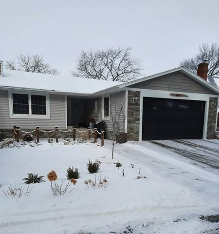6007 Sunset Shores Road, Luxemburg, WI 54217 (#50235779) :: Todd Wiese Homeselling System, Inc.