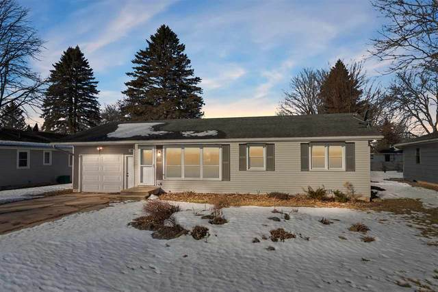 267 S Brooklyn Street, Berlin, WI 54923 (#50236266) :: Town & Country Real Estate