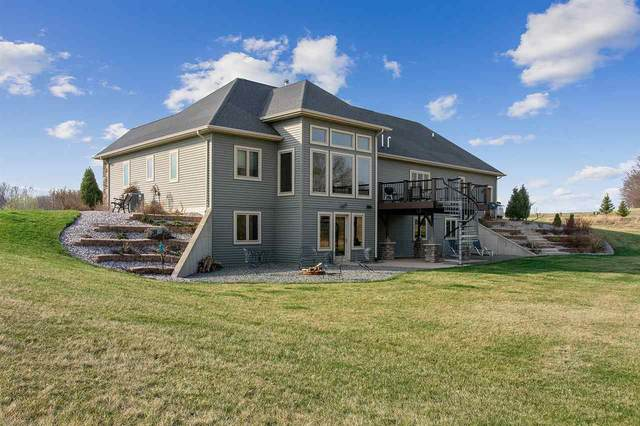 3231 Whitetail Run, Brillion, WI 54110 (#50237805) :: Todd Wiese Homeselling System, Inc.