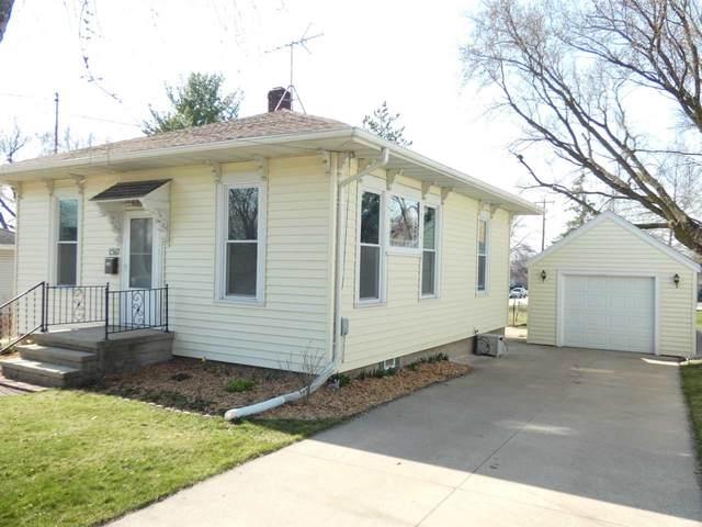 1517 Florence Street, Kaukauna, WI 54130 (#50237868) :: Symes Realty, LLC
