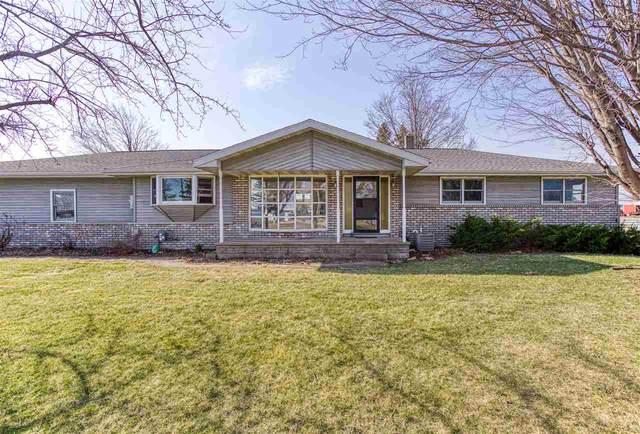 N9685 Bies Road, Kaukauna, WI 54130 (#50237894) :: Todd Wiese Homeselling System, Inc.