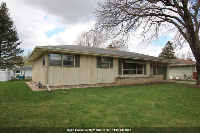 46 S Reserve Street, Fond Du Lac, WI 54935 (#50238061) :: Todd Wiese Homeselling System, Inc.