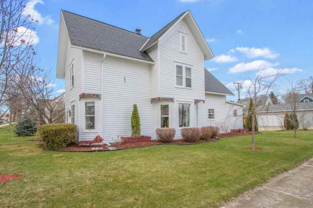 724 Cleveland Avenue, Algoma, WI 54201 (#50238383) :: Town & Country Real Estate