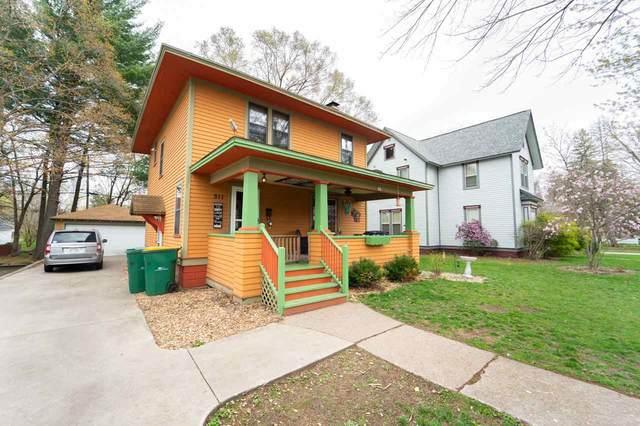511 S State Street, Waupaca, WI 54981 (#50238646) :: Ben Bartolazzi Real Estate Inc