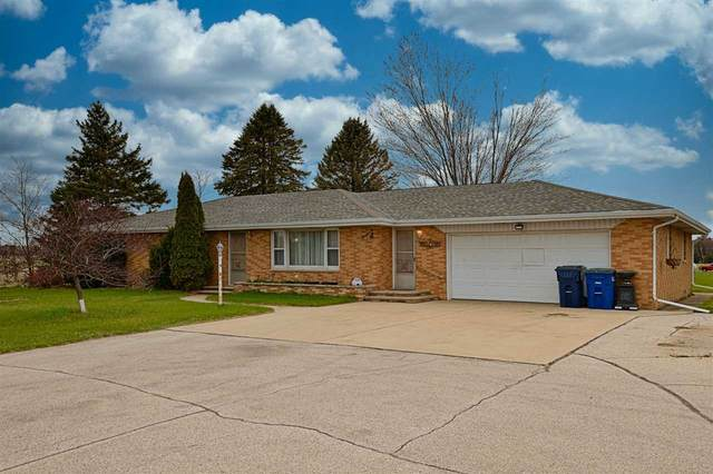 1715 Flowing Wells Court, Suamico, WI 54173 (#50238938) :: Town & Country Real Estate