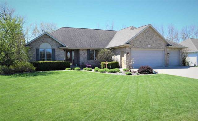 2244 Daly Drive, Green Bay, WI 54311 (#50239702) :: Todd Wiese Homeselling System, Inc.
