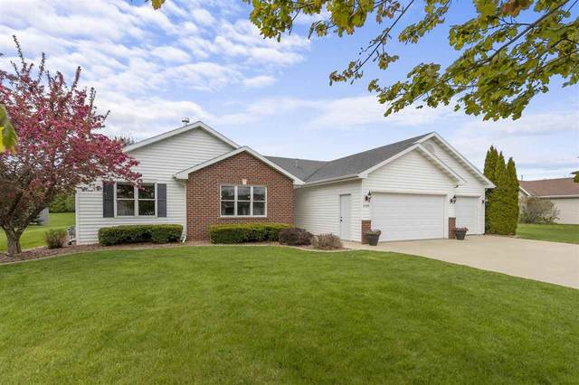 N1227 Redwing Drive, Greenville, WI 54942 (#50239864) :: Town & Country Real Estate