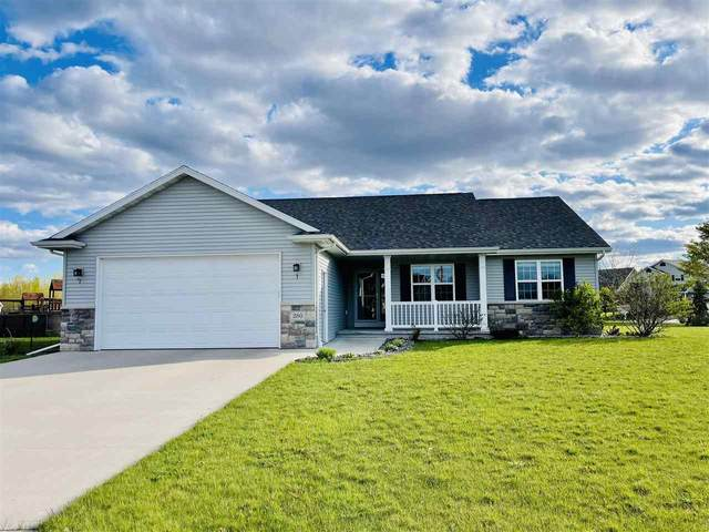 280 Fort Drive, Neenah, WI 54956 (#50239971) :: Dallaire Realty