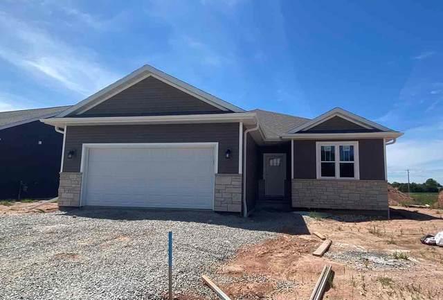 3126 Lazy Oak Court, Green Bay, WI 54313 (#50240062) :: Symes Realty, LLC