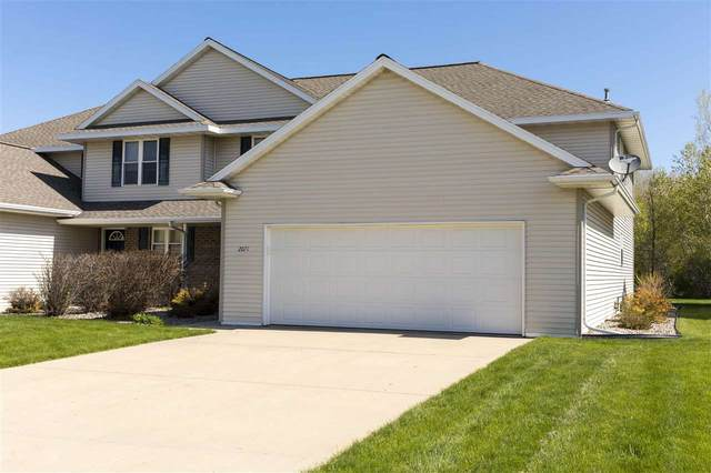 2071 River Point Court, De Pere, WI 54115 (#50240228) :: Todd Wiese Homeselling System, Inc.