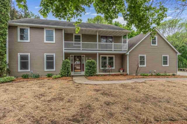 2597 Sumac Place, Green Bay, WI 54313 (#50240594) :: Carolyn Stark Real Estate Team