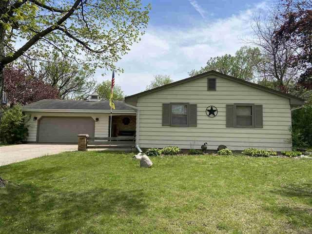 15 Welle Drive, Oshkosh, WI 54902 (#50240602) :: Carolyn Stark Real Estate Team