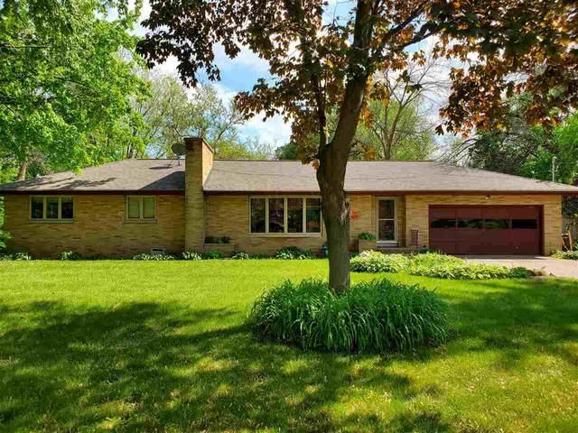 169 E Ripple Avenue, Oshkosh, WI 54902 (#50240896) :: Carolyn Stark Real Estate Team