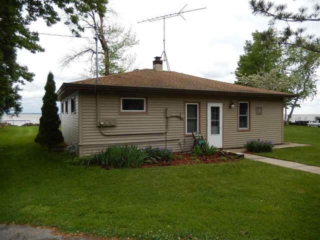 N8432 Minawa Beach Road, Fond Du Lac, WI 54937 (#50240968) :: Carolyn Stark Real Estate Team