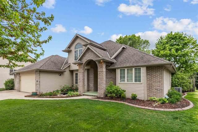 3031 Fallcreek Lane, Appleton, WI 54913 (#50241157) :: Carolyn Stark Real Estate Team