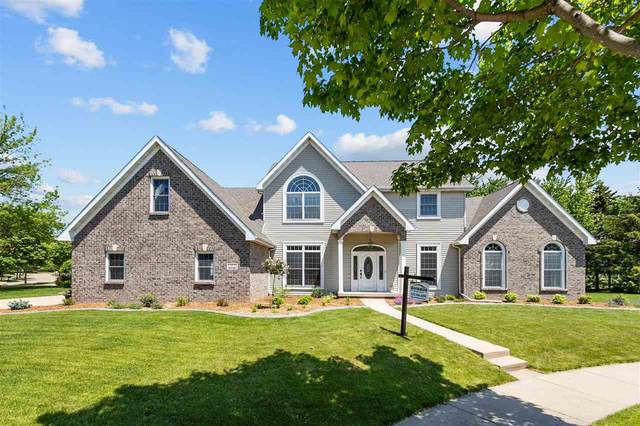 4200 N Terraview Drive, Appleton, WI 54913 (#50241383) :: Todd Wiese Homeselling System, Inc.