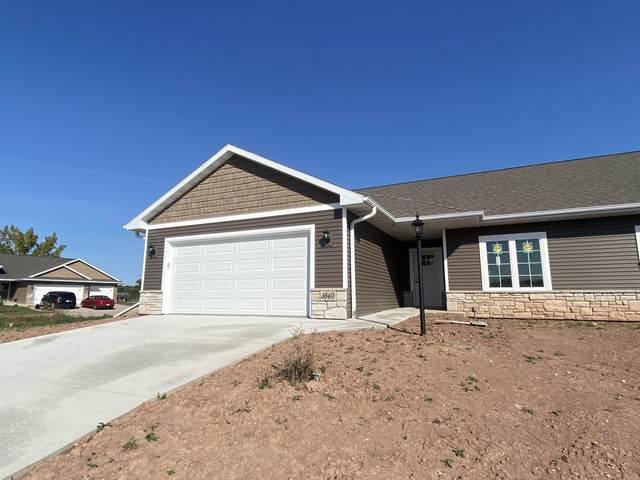 3840 Shore Crest Lane #13, Green Bay, WI 54313 (#50241576) :: Todd Wiese Homeselling System, Inc.