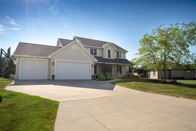 N8634 Winding Trail Drive, Menasha, WI 54952 (#50241887) :: Carolyn Stark Real Estate Team