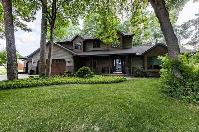 N1445 Highgreen Court, Greenville, WI 54942 (#50242289) :: Carolyn Stark Real Estate Team