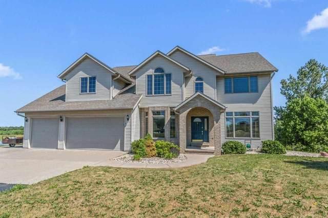 W8958 Spring Road, Hortonville, WI 54944 (#50242580) :: Carolyn Stark Real Estate Team