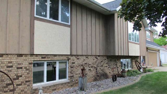 1275 Kill Deer Lane, Green Bay, WI 54313 (#50242741) :: Todd Wiese Homeselling System, Inc.