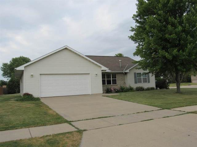 1790 Stock Lane, De Pere, WI 54115 (#50242895) :: Todd Wiese Homeselling System, Inc.