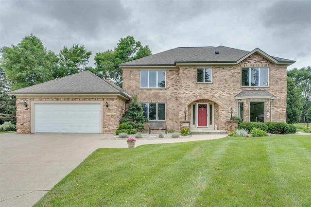 11 Overland Circle, Appleton, WI 54913 (#50244097) :: Town & Country Real Estate