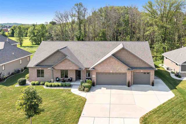 435 Whispering Creek Court, Green Bay, WI 54303 (#50244199) :: Todd Wiese Homeselling System, Inc.