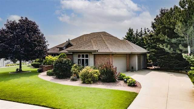 441 E Apple Creek Road, Appleton, WI 54913 (#50244428) :: Carolyn Stark Real Estate Team