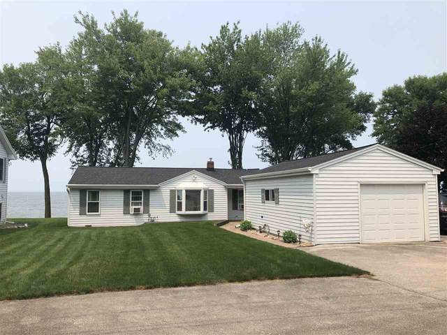 N8957 River Lane, Luxemburg, WI 54217 (#50244469) :: Dallaire Realty