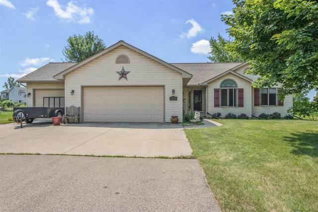 W6595 School Road, Greenville, WI 54942 (#50244710) :: Carolyn Stark Real Estate Team