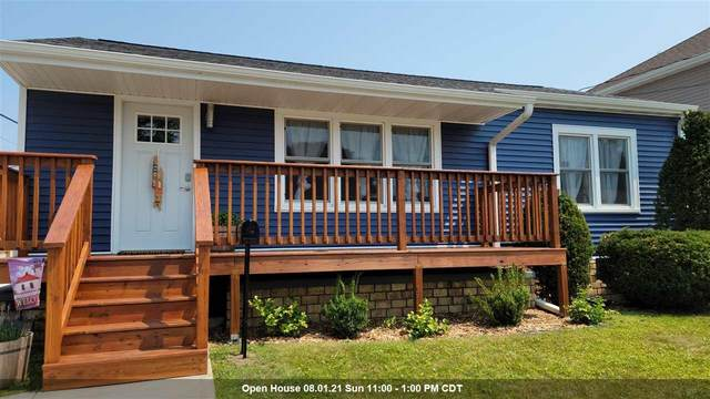 2111 Lincoln Street, Two Rivers, WI 54241 (#50244823) :: Carolyn Stark Real Estate Team