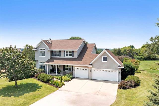 711 Westhill Drive, Green Bay, WI 54313 (#50245178) :: Todd Wiese Homeselling System, Inc.