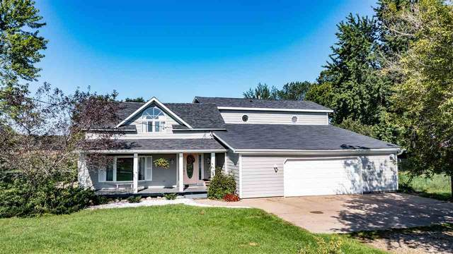 9248 3RD Street, Almond, WI 54909 (#50246126) :: Symes Realty, LLC