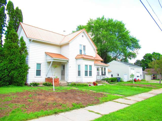 135 W Hickory Street, Seymour, WI 54165 (#50246324) :: Symes Realty, LLC