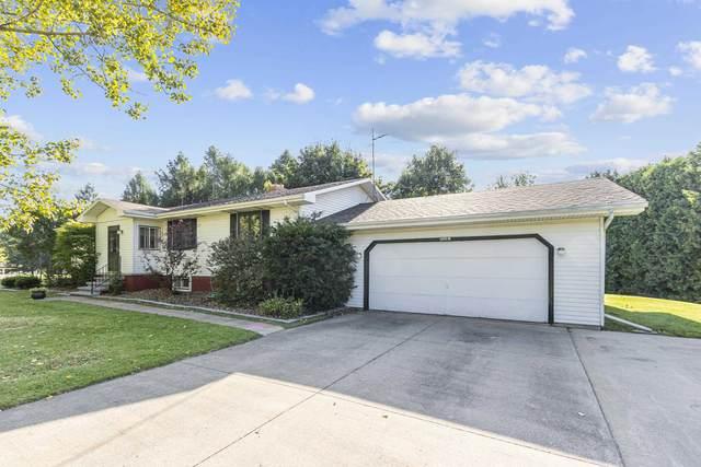 N3841 Sharon Rose Court, Appleton, WI 54913 (#50247060) :: Todd Wiese Homeselling System, Inc.