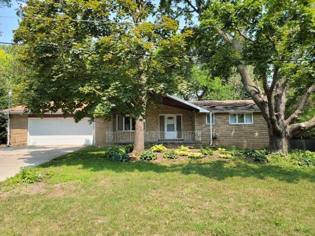28 Pleasantview Court, Appleton, WI 54914 (#50247493) :: Todd Wiese Homeselling System, Inc.