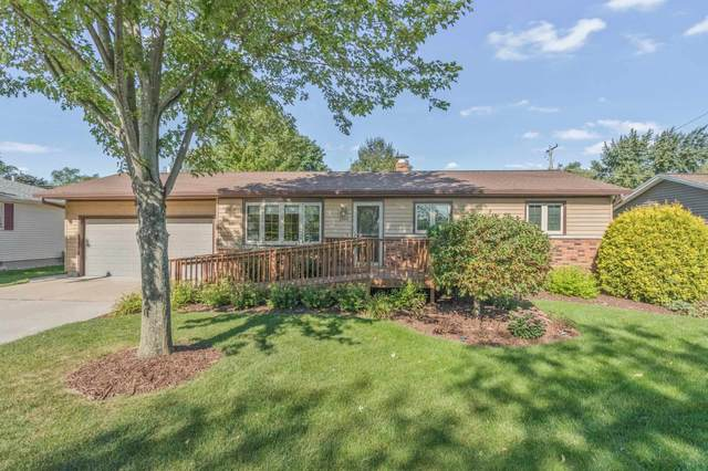 2504 Park Front Way, Green Bay, WI 54301 (#50248164) :: Todd Wiese Homeselling System, Inc.