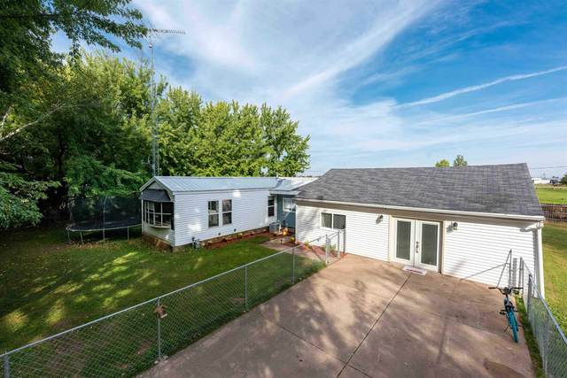 3344 Circle R Road, Oshkosh, WI 54902 (#50248919) :: Todd Wiese Homeselling System, Inc.