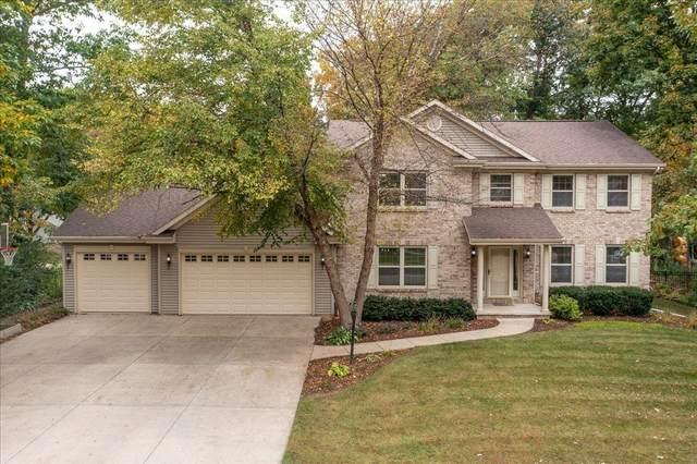 1781 Hunters Glen Drive, Oshkosh, WI 54904 (#50249222) :: Todd Wiese Homeselling System, Inc.