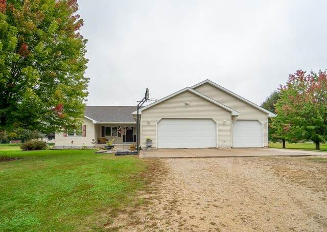 N100 Arrowhead Road, Fremont, WI 54940 (#50249327) :: Todd Wiese Homeselling System, Inc.